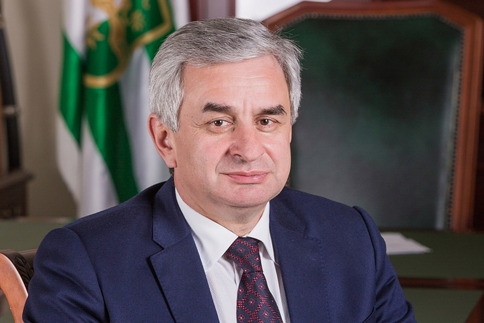Президент Абхазии назначил нового премьера