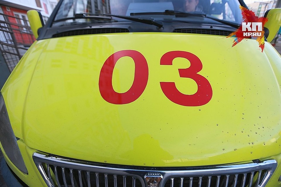 ВКрасноярске мужчина упал сбалкона 10 этажа