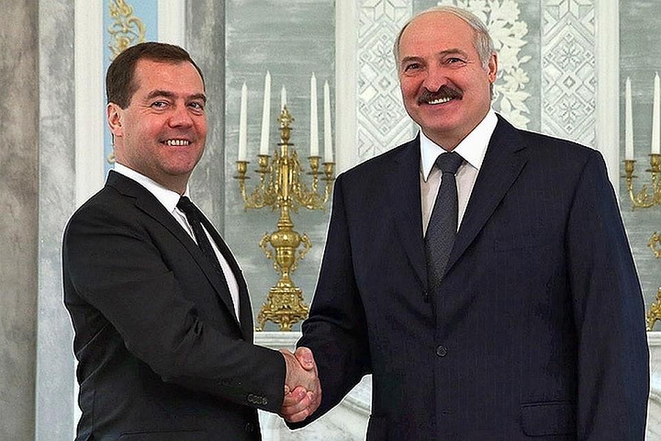 Лукашенко поздравил Медведева ипожелал ему удачи 4