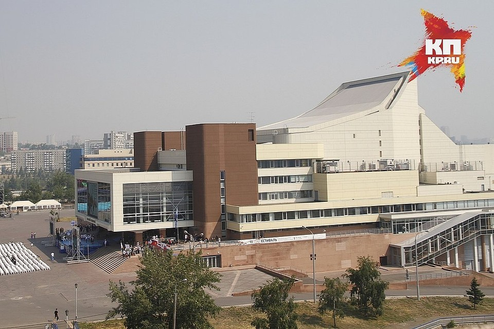 Мостик между БКЗ имузейным центром «Площадь Мира» возвратят красноярцам