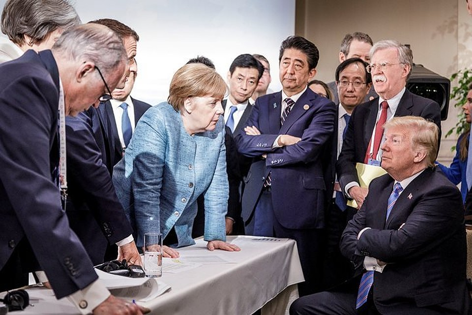 Насаммите G7 Трамп объявил Макрону, что все террористы «вПариже»