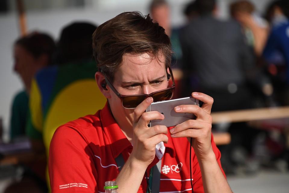 Нынешние мобильные телефоны могут подглядывать засвоими собственниками — Шпион вкармане