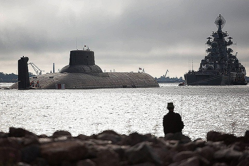 ВКронштадт напарад пришла подлодка «Владикавказ»