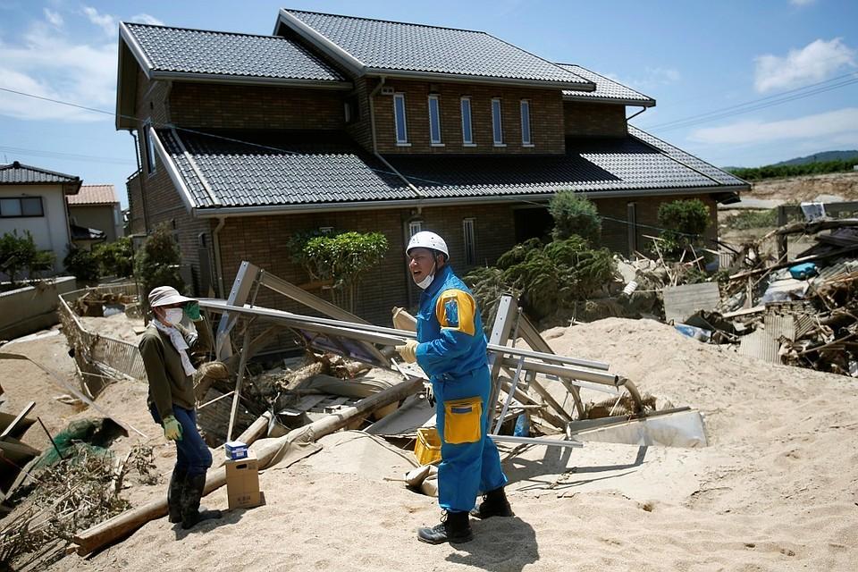 ВЯпонии 55 тысячам человек порекомендовали эвакуироваться из-за приближения тайфуна