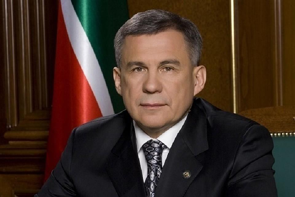 Рустам Минниханов предложил сделать комиссию поработе ссамозанятыми