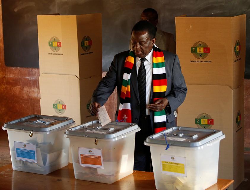 Выборы без участия Мугабе впервый раз пройдут вЗимбабве
