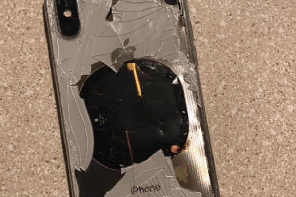 ВСША iPhone Xвзорвался вовремя установки обновлений