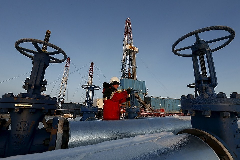 Цена нанефть закрепилась выше $64 забаррель
