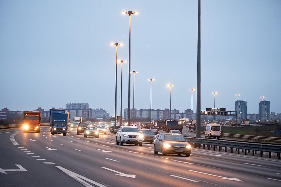 Трассу М-10 Россия в Ленобласти полностью осветят к 2022 году