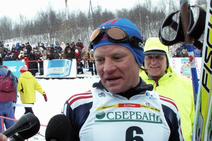 Когда-то Сергей Рожков радовал нас на стартах Праздника Севера, теперь же зажжет Олимпийскую Чашу на Пяти Углах.
