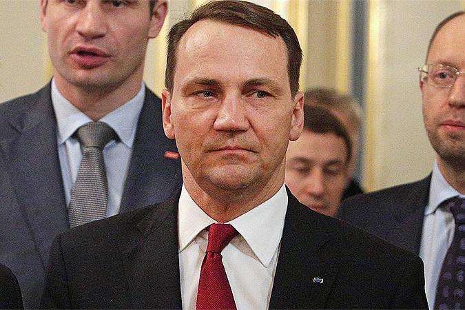 Министр иностранных дел Польши Радослав Сикорский: «Путин предотвратил кровопролитие на Украине»
