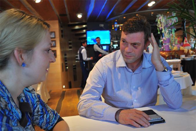 Корреспондент Комсомолки пообщалась с Олегом Царевым