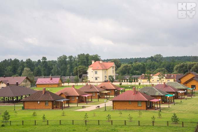 Питерский миллионер вложил 20 миллионов долларов в деревню под Беловежской пущей. Фото: Игорь СИДОРУК