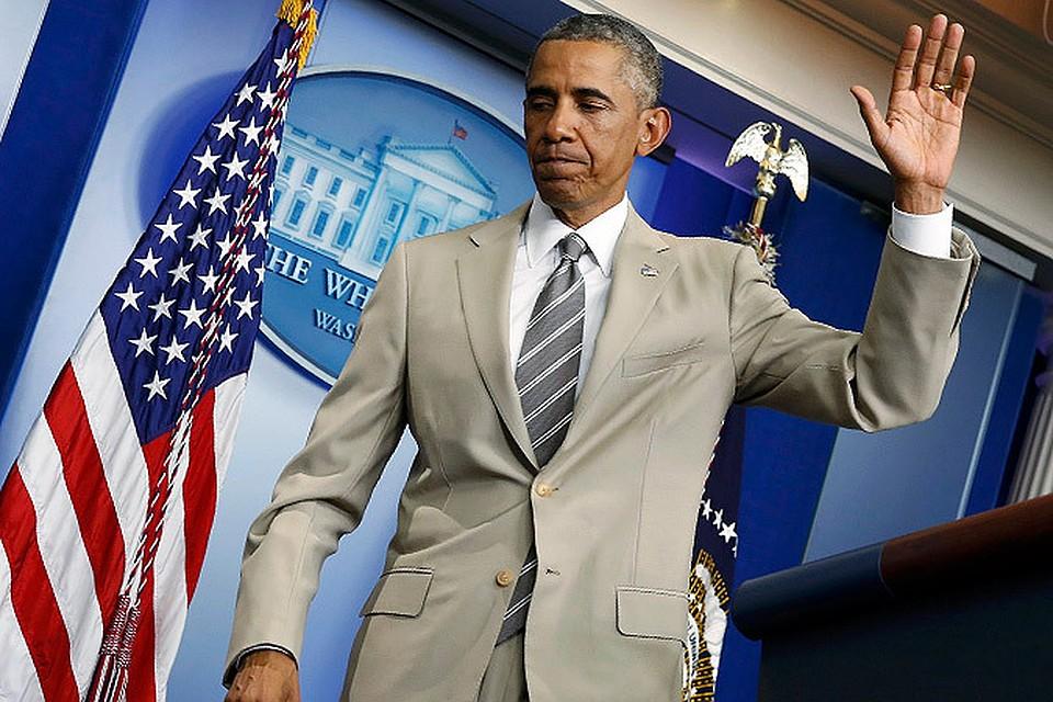 Американцев удивил старомодный костюм Барака Обамы