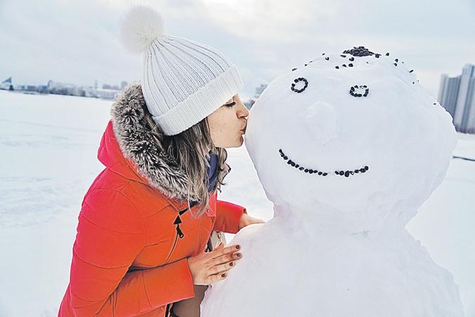 Незащищенные (без варежек) поцелуи со снеговиком опасны для здоровья!