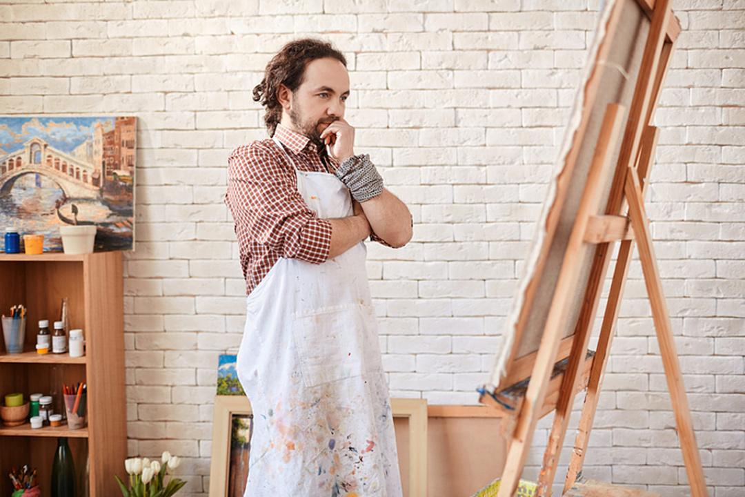 У художников наших дней стул один из самых популярных объектов для изображения.