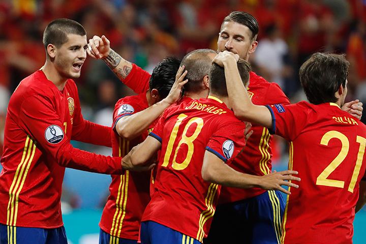 Букмекеры прогнозируют победу испанцам