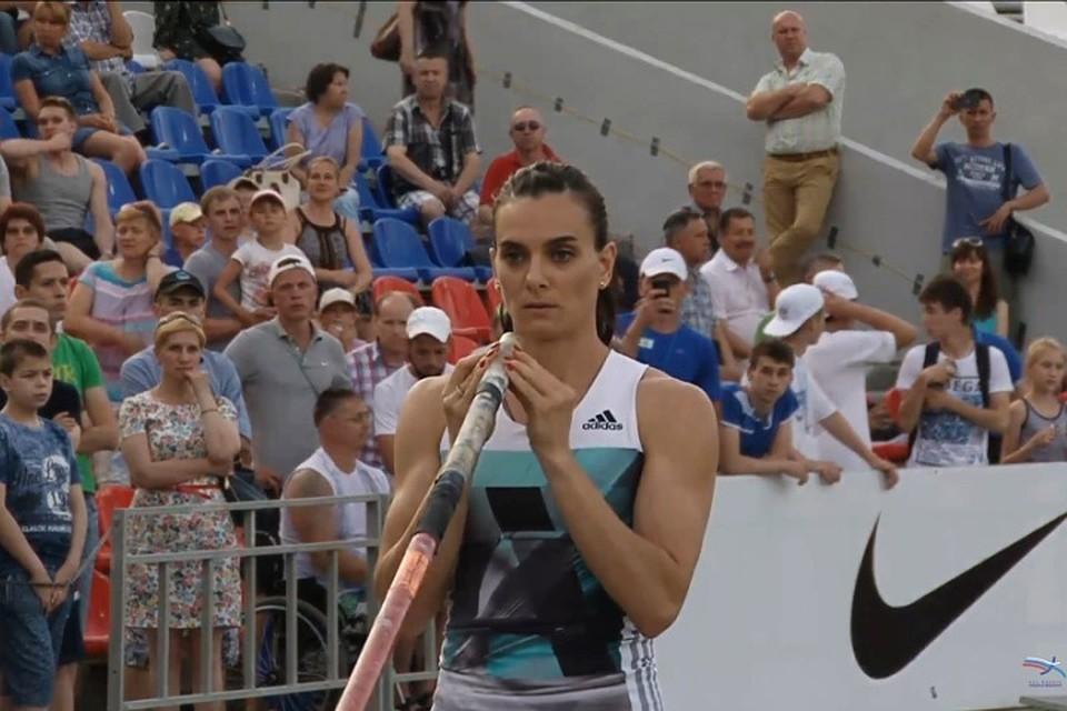 Елена Исинбаева показала, что готова бороться за третье олимпийское золото