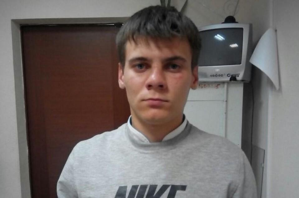 Грабителя, срывавшего сженщин золотые цепочки, словили новосибирские полицейские