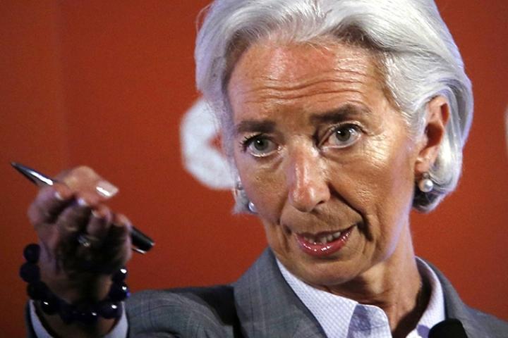 Глава МВФ Кристин Лагард: «У нас нет позитивного прогноза по российской экономике. Мы по-прежнему думаем, что она продолжит сжиматься»