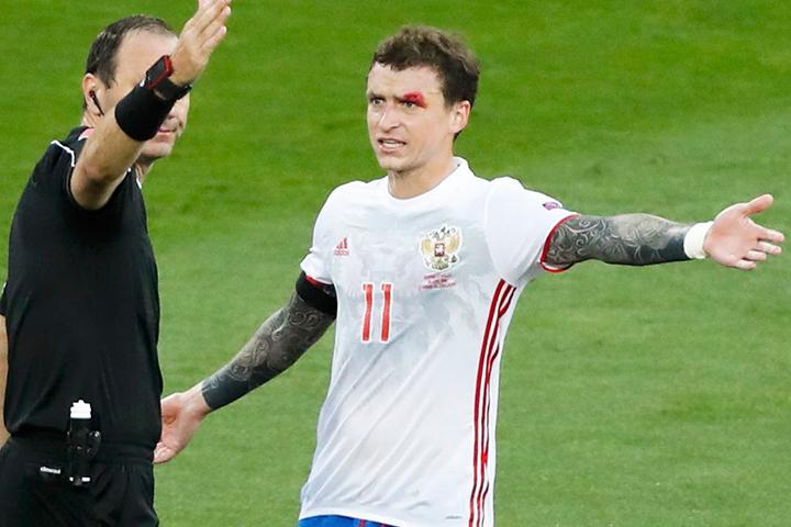 Журналисты утверждают, что полузащитник сборной России Павел Мамаев получил рассечение над бровью в результате драки