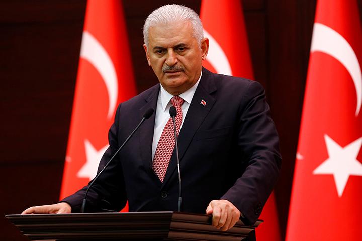 При этом глава турецкого правительства подчеркнул, что между Москвой и Анкарой, наконец, наступил этап нормализации отношений