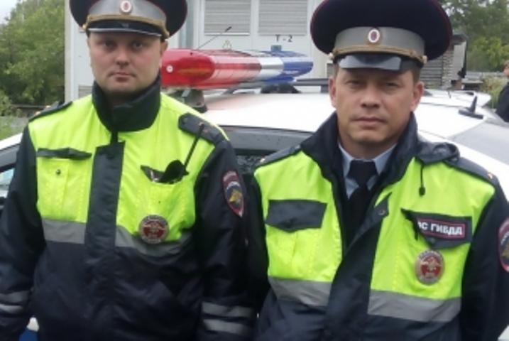ВИркутске полицейские спасли 3-х летнего ребенка, подавившегося косточкой