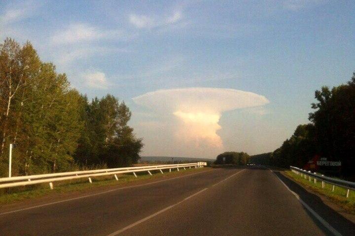 Знамение: в Российской Федерации испугались «ядерного гриба» внебе