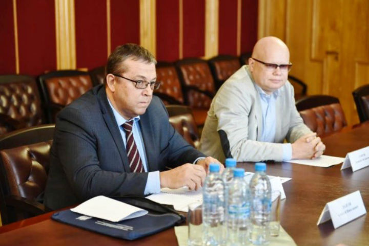 Дмитрий Миронов вЯрославле встретился сзамминистра финансовРФ