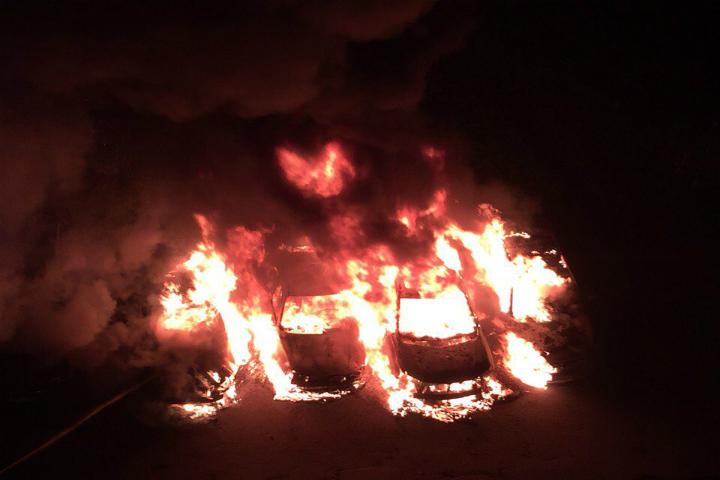 Свидетели: ночью наОктябрьской набережной взорвалась машина