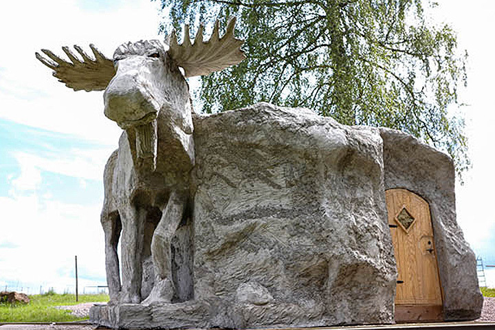 """В Швеции создана первая в Европе """"лосиная хижина"""". Фото: с сайта wragarden.se"""