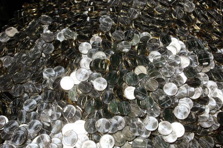 По нашим подсчетам получается, что жетон вполне мог бы стоить... 24 рубля!
