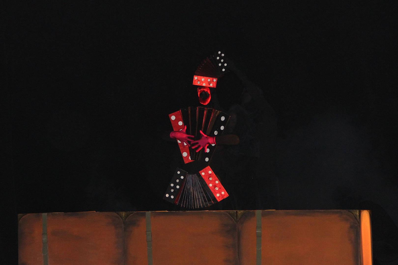 Брянский Театр для детей июношества открывает сезон спектаклем-феерией
