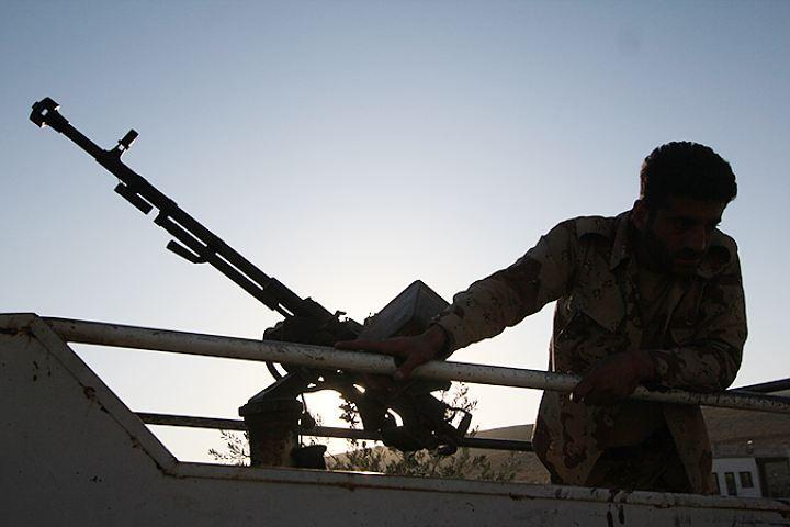Сирийские войска давно бы победили террористов, если бы не постоянная подпитка боевиков со стороны спонсоров.