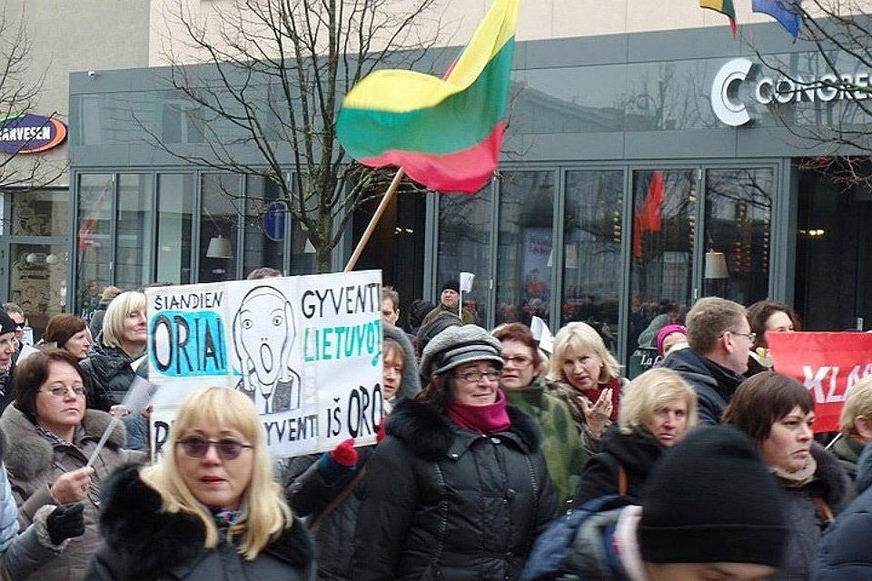 Растущий долг литовского государства запрограммирует еще большую налоговую ношу в будущем. Фото: с сайта Baltnews.lt