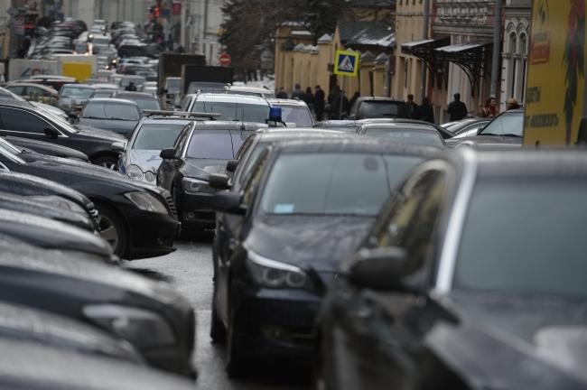 Пробка напроспекте Кирова вСамаре продолжалась практически 3,5 часа
