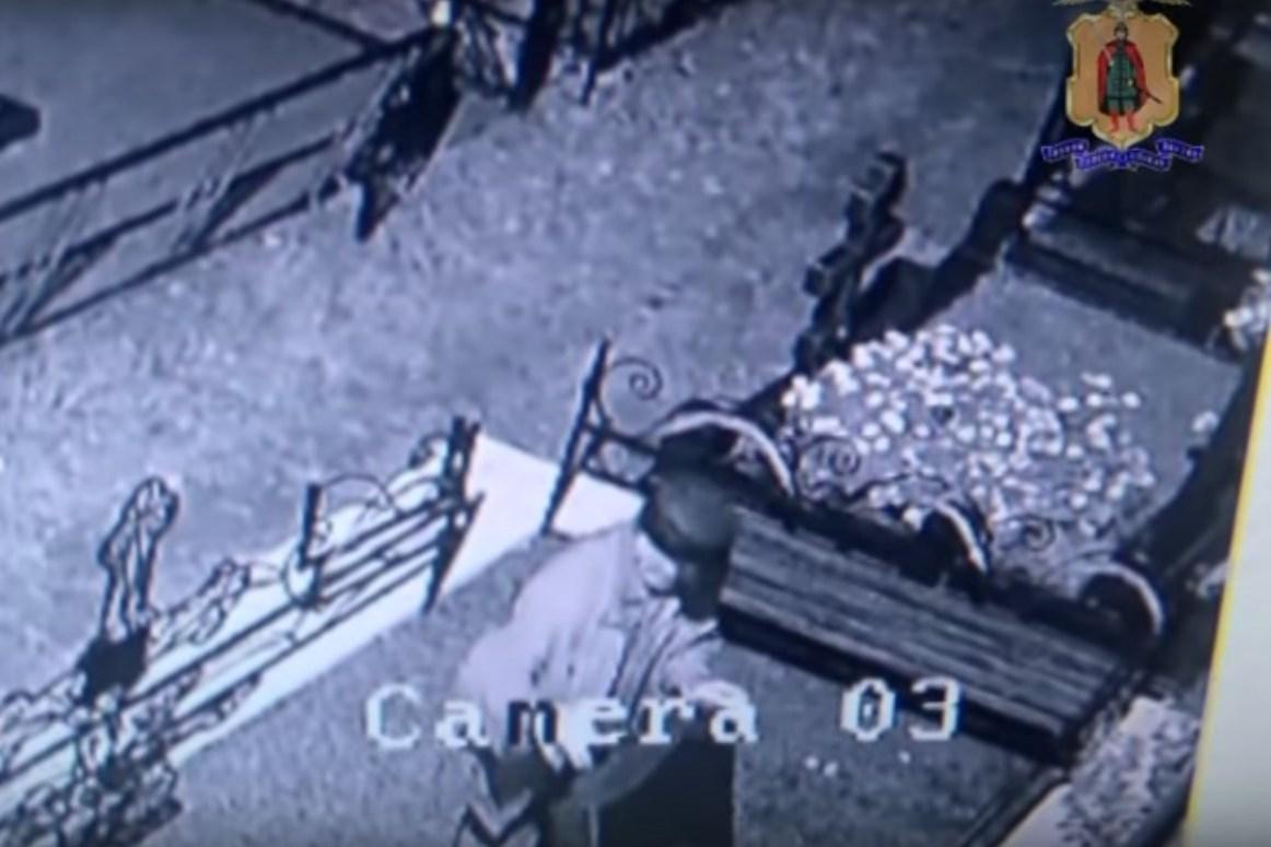 ВРязани схвачен пенсионер, осквернивший Шереметьевское кладбище