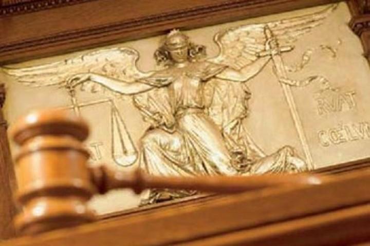 Грабителя, напавшего скуском асфальта надевушку будут судить вТвери