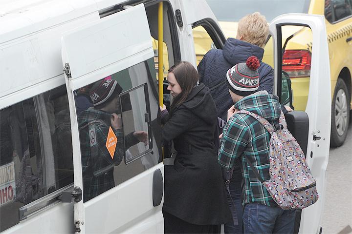 Только за прошлую неделю с улиц Москвы убрали более 100 автобусов нелегальных перевозчиков.