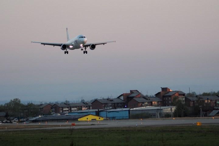 Самолет «Якутск— Москва» совершил вынужденную посадку ваэропорту столицы Приангарья