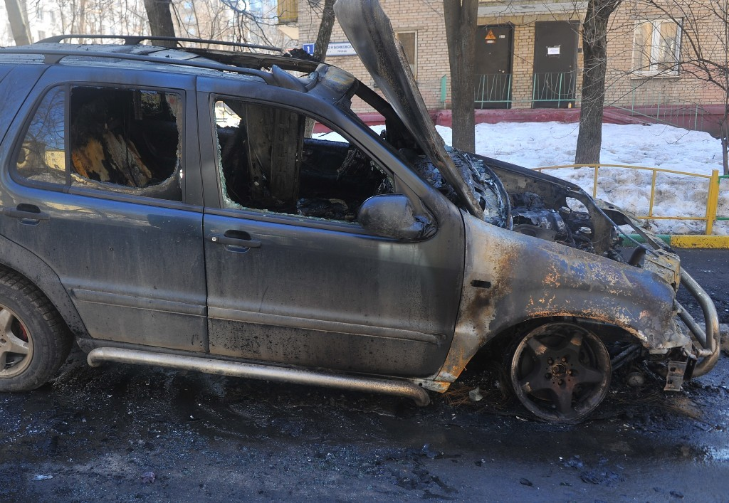 ВЧелябинске задержали подозреваемого вподжоге иномарки