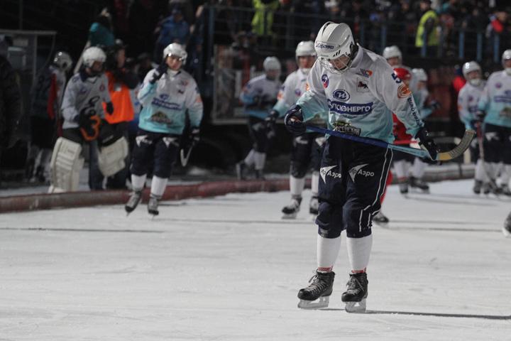 Хоккей смячом: «Байкал-Энергия» начинает чемпионат победой над «Кузбассом»