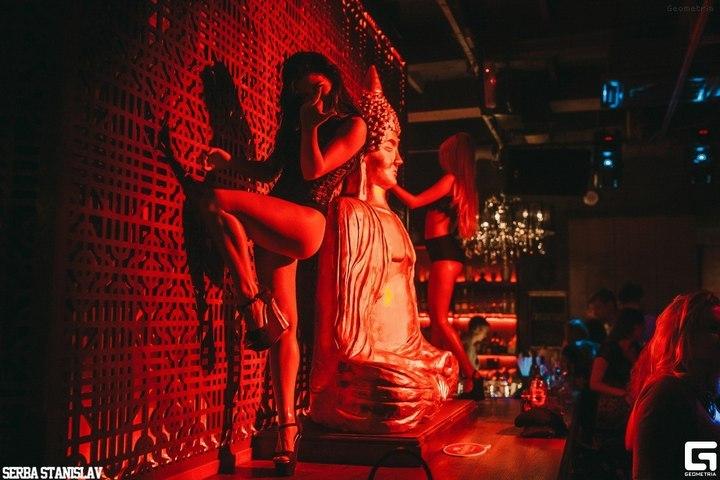 Скульптура Будды вновокузнецком баре признана оскорбительной