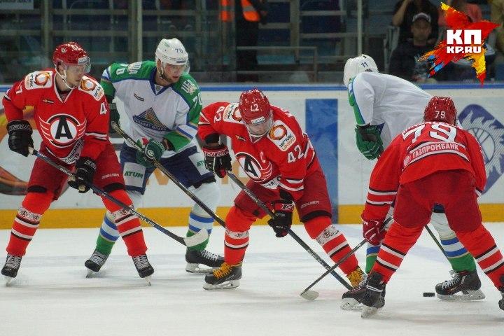После игры со«Слованом» Крикунов посетовал, что оннестарик Хоттабыч