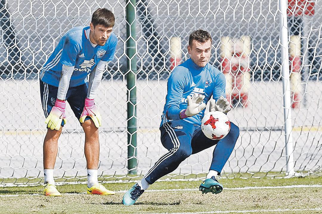 Русская футбольная сборная выйдет вматче против Румынии в новейшей форме