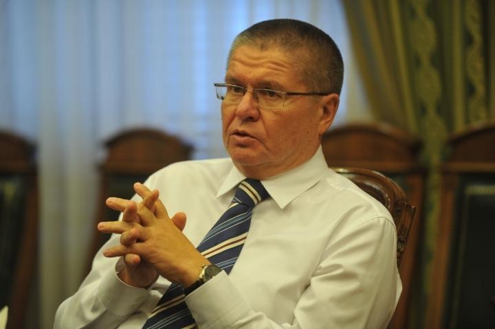 Шувалов уверил служащих МЭР вскором назначении нового министра
