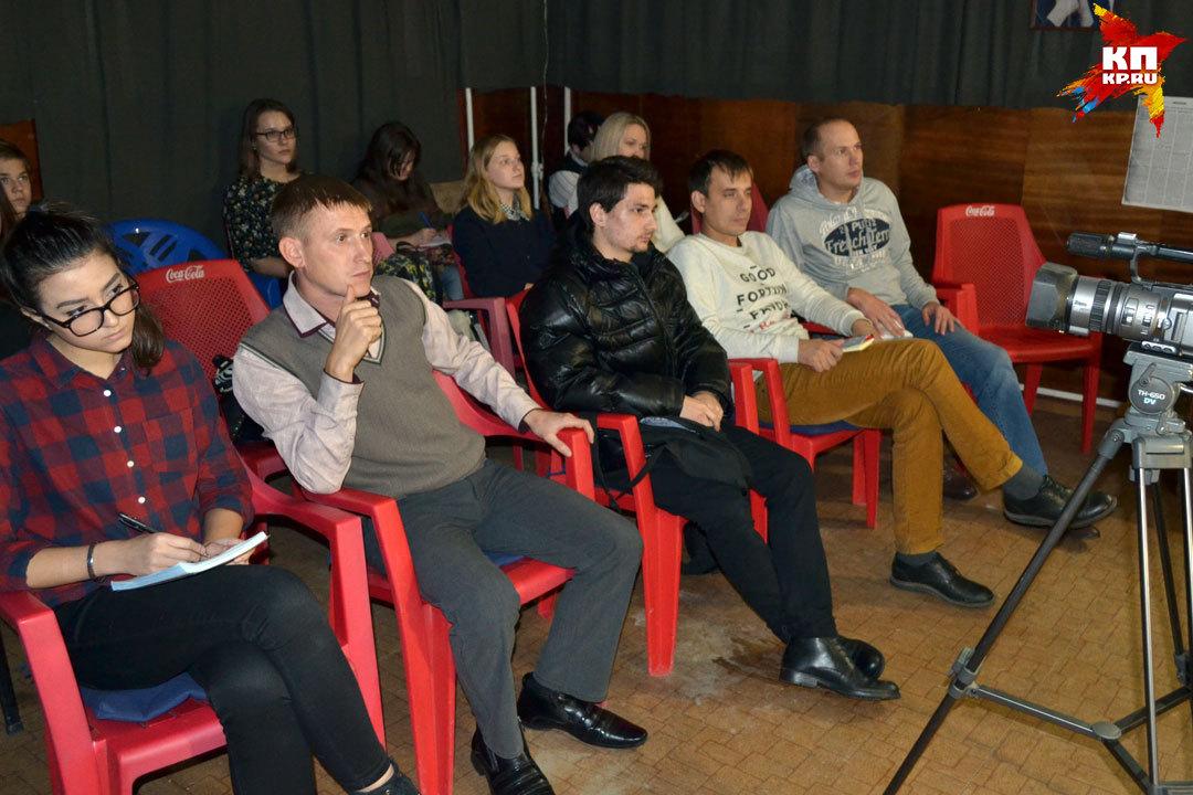 Сначала участники курсов по кинорежиссуре ознакомились с историей кино