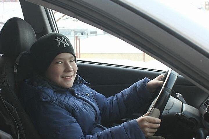 В Дании запускается пилотный проект, согласно которому возрастная планка вождения автомобиля снижается с 18 до 17 лет.