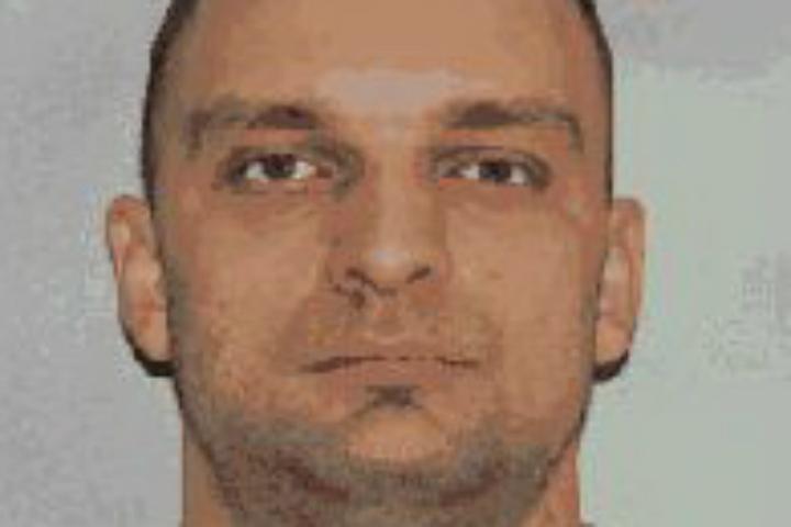 Омская милиция разыскивает особо опасного правонарушителя