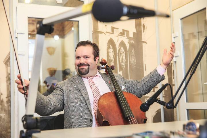 Борислав Струлев сыграет калининградцам на виолончели 1844 года работы